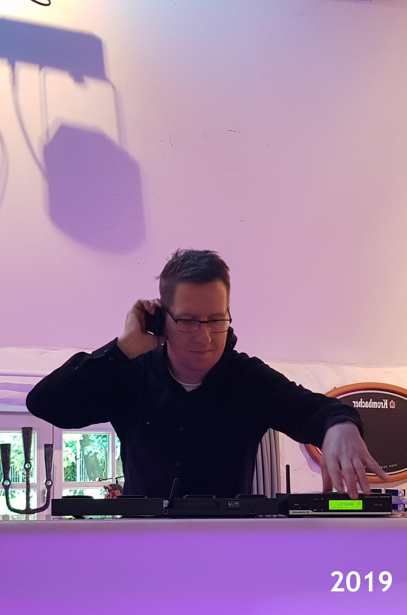 DJ Oli TD - Discjockey