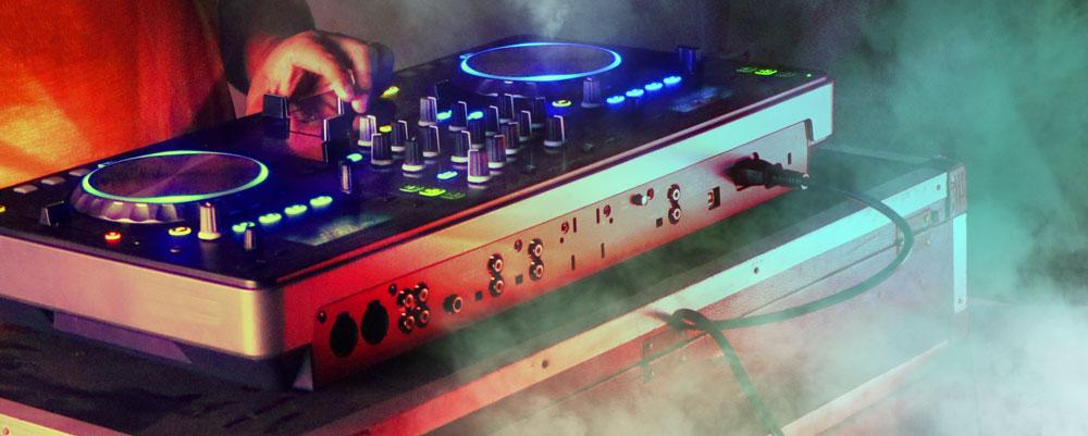 DJ Oli